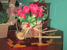 Carrinho de Jardim com Flores Decoradas