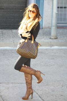 boots <3 http://www.studentrate.com/fashion/fashion.aspx