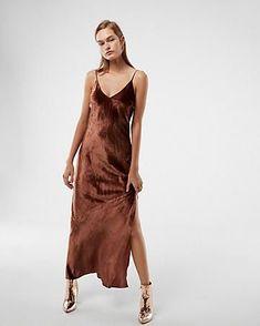Velvet Maxi Dress | Express #VirtualRealityExpress
