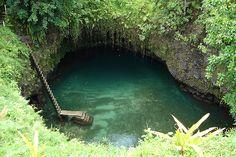 Sua Ocean Trench, Lalomanu, Samoa