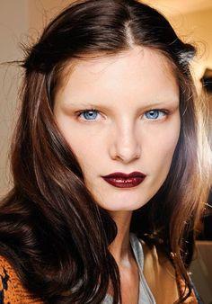 Desire for vampy lips – nikisreviews