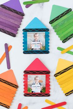 Back to School Crayon Frame - Made To Be A Momma Kindergarten Crafts, Daycare Crafts, Classroom Crafts, Craft Activities For Kids, Toddler Crafts, Toddler Activities, Projects For Kids, Preschool Activities, Crayon Themed Classroom