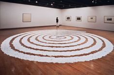 Richard Long, A Line The Length of a Straight Walk From The Bottom to the Top of Silbury Hill, 1970 Installation Art, Art Installations, Richard Long, Land Art, Landscape Art, Gcse 2015, Sculpting, Level 3, Spirals