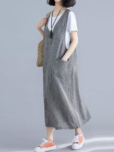 Always On the Way Jumper Midi Dress - Eva Trends Simple Dresses, Casual Dresses, Fashion Dresses, Casual Cotton Dress, Kimono Fashion, Jumper Dress, Blouse Dress, Denim Overall Dress, Fashion Sewing