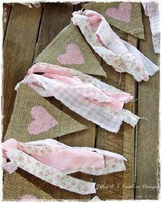 Pink painted heart burlap bunting banner with shabby vintage cotton strips. Burlap Bunting, Party Bunting, Bunting Banner, Buntings, Burlap Garland, Fabric Garland, Burlap Lace, Bunting Ideas, Heart Banner