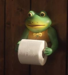 This frog has seen some shit. Frog Toilet Paper Holder, My New Room, My Room, Sapo Frog, Frog Bathroom, Frog House, My House, Frog Art, Cute Frogs