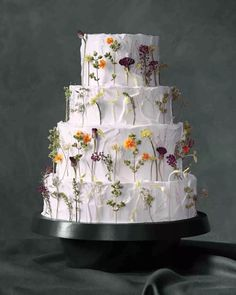 Beautiful Homemade Modern Wedding Cake Designs – Page 42 – The Life Ideas Wedding Cake Prices, Floral Wedding Cakes, White Wedding Cakes, Wedding Cakes With Flowers, Wedding Cake Designs, Cake Wedding, Purple Wedding, Wedding Venues, Gold Wedding