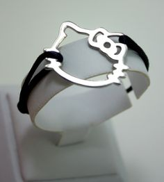 cute Hello Kitty bracelet