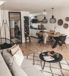 Home Living Room, Living Room Designs, Living Room Decor, Bedroom Decor, Entryway Decor, Studio Apartment Living, Living Room Inspiration, Home Decor Inspiration, Decor Ideas