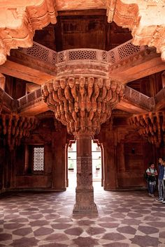 Hindu Temple in Fatehpur Sikri, Uttar Pradesh, India Mughal Architecture, Temple Architecture, Ancient Architecture, Amazing Architecture, Beautiful Buildings, Beautiful Places, Amazing India, Hindu Temple, Indian Temple