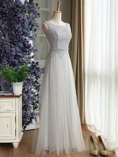 Scoop Neck Lace Tulle Floor-length Ruffles Noble Bridesmaid Dress - dressesofgirl.com