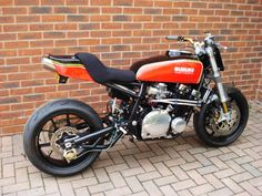 Suzuki GS Street Tracker #motorcycles #motos #StreetTracker | caferacerpasion.com