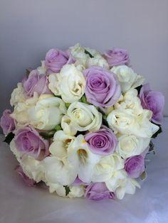6835b5f2 bukiet ślubny kolor chabrowy - Szukaj w Google Bukiety Dla Panny Młodej,  Żółte Róże,