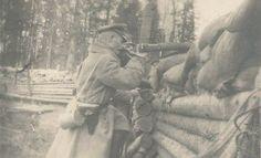 Foto 1.Wk Soldat Scharfschütze Schützengraben Pistole 08 Gasmaske Sniper TOP !!