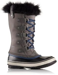 This classic silhouette features a beautiful, waterproof, full-grain leather and suede upper, faux snakeskin details and super-soft faux fur around the cuff. A removable, recycled felt inner boot to ensure that feet stay warm, dry and comfortable in cold winter conditions, while a vulcanized rubber outsole keeps you steady on slippery surfaces.