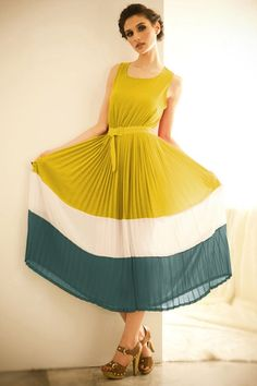 Color Block Sleeveless Pleated Calf Length Dress