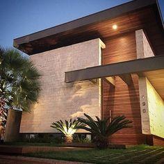 20 Best of Minimalist House Designs [Simple, Unique, and Modern] - Minimalist House Design, Modern House Design, Facade Architecture, Contemporary Architecture, Modern Exterior, Exterior Design, Exterior Tradicional, Modern Bungalow House, Victoria House