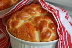 Paska = the most beautiful (and tasty) bread EVER!!  Can't WAIT for Easter this year!