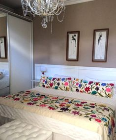 bordados a mano dormitorios de estilo moderno por tienda de costumbres
