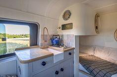 Wollten Sie schon immer einen eigenen Wohnwagen? Dieser Ingenieur verwandelt seinen Bus für $8.500,- in ein kleines Traumhaus! - DIY Bastelideen