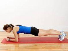 Rampingkan Badan Dengan Plank