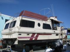 Holiday Coastal Barracuda, 39', for sale - $24,900