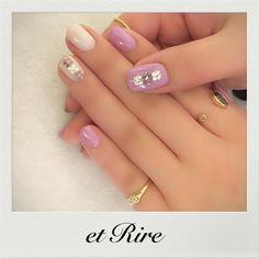 "9 Likes, 1 Comments - et Rire TOKYO manicurist MAKI (@etrirenail) on Instagram: ""etRire☆Spring Nail Collection 大人のフラワービジューネイル ブログでエリール春新色掲載中♡ HP:http://www.etrire.jp ◆ネイルサロンエリール◆…"""