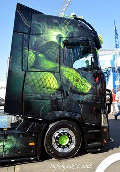 Freightliner Trucks, Volvo Trucks, Rc Trucks, Big Rig Trucks, Chevy Trucks, Customised Trucks, Custom Trucks, Custom Cars, Giant Truck