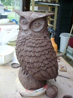 """Le Grand duc """"alexandre"""" - Mes 5 éléments Ceramic Birds, Ceramic Animals, Clay Animals, Ceramic Pottery, Clay Owl, Clay Birds, Pottery Techniques, Ceramic Techniques, Pottery Sculpture"""