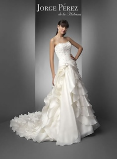 Jorge Perez... I'm still in love with this gown. I just don't know if it's the right one for me.