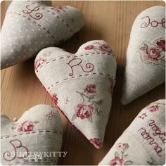 Beautiful and romantic personalized hearts...