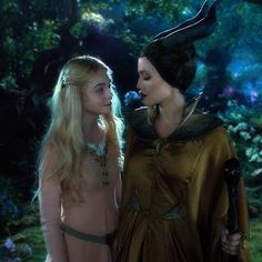 Discovered by Carina. Find images and videos about Angelina Jolie, Elle Fanning and maleficent on We Heart It - the app to get lost in what you love. Disney Pixar, Disney Villains, Disney And Dreamworks, Disney Magic, Disney Movies, Walt Disney, Maleficent Aurora, Angelina Jolie Maleficent, Maleficent Movie