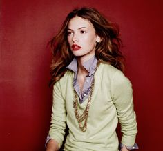 red lips gold chain soft sweater