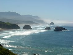 Nothing more beautiful then the Oregon coast when the sun is out. Description from pinterest.com. I searched for this on bing.com/images
