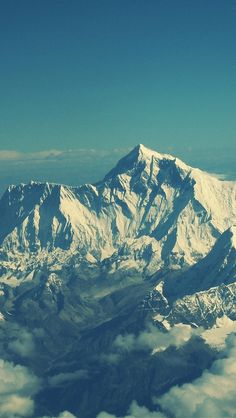 mt everest - i dont want to climb it, i just want to see it - one of the natural seven wonders of the world