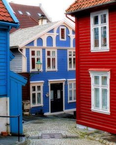 Farbenfrohes Bergen :-) #Bergen #Norway @Adam M M Sterrett Norway