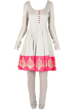 Grey and hot pink embroidered kurta set available only at Pernia's Pop-Up Shop.