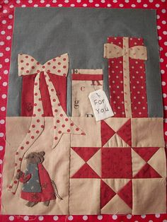 """AUNTIE'S QUAINT QUILTS - The Night Before Christmas - Block 3 - """"The Presents were Wrapped"""""""
