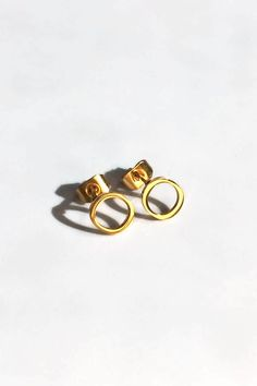 Tiny Circle Earrings, 18k Gold, Small hoop circle earrings, Tiny Circle studs, Geometric, Minimalist earrings, Open Circle Stud earrings Dainty Gold Jewelry, Elephant Necklace, Circle Earrings, Minimalist Earrings, Gold Studs, Etsy Earrings, Jewelry Gifts, 18k Gold, Stainless Steel