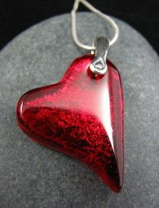 Two of Hearts - New Reversible Fused Glass Pendant | review | Kaboodle