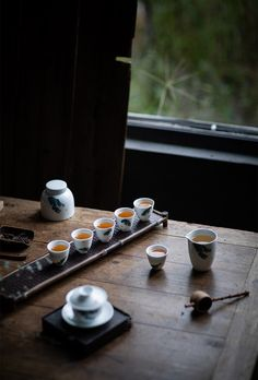 MoriMa Tea is an online Chinese Tea retailer and wholesaler, our office is located in the beautiful and charming Chinese coastal city - Xiamen. Coffe Mug Cake, Ceramics Pottery Mugs, Thé Oolong, Tea Biscuits, Tea Culture, Japanese Tea Ceremony, Grand Cru, Types Of Tea, Tea Tray