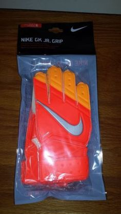 Nike GK Jr Grip Goalie Goalkeeper Soccer Gloves Padded Youth 6 Orange for sale online Soccer Gear, Soccer Fans, Goalie Gloves, Club Shirts, Football Kits, Goalkeeper, Fifa, Cleats, Jr