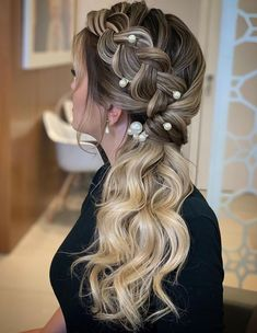 : 25 Side Braid Hairstyles Which Are Simply Spectacular Long Braided Hairstyles, Loose Hairstyles, Party Hairstyles, Bride Hairstyles, Medium Hair Styles, Curly Hair Styles, Pageant Hair, Hair Extensions Best, Long Box Braids