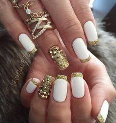 gold-nail-42 - 45 Gold Nails You Wish to Try