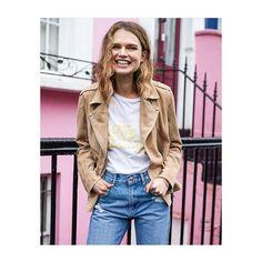 """123 likerklikk, 1 kommentarer – Høyer Egertorget (@hoyereger) på Instagram: """"We love suede leather for spring! This beauty from Anine Bing is in store at #høyertrendwoman now…"""""""
