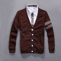 Cardigan col v double bande casual - http://www.menrags.com/vetements/cardigan-col-v-double-bande-casual/