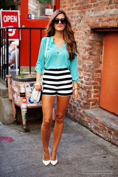 striped shorts outfit