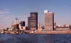 6f6856eb5 Found photos of our beautiful City. Toronto Skyline, New York Skyline,  Toronto Photos