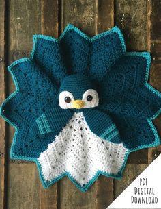 Flurry the Penguin Lovey crochet pattern standard version Crochet Security Blanket, Lovey Blanket, Baby Blanket Crochet, Snuggle Blanket, Baby Blankets, Crochet Animals, Crochet Toys, Knit Crochet, Crochet Baby Stuff