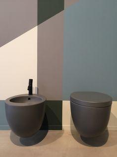 Le Giare collection by Claudio Silvestrin per CIELO - showroom a Milano via Pontaccio 6 #bathroom #cielo #leterredicielo #washbasins #style #design #decor #colour #homedecor #bathtub #madeinitaly